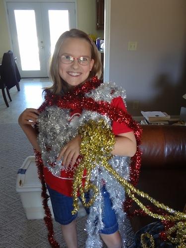elizabeth wrapped in garland