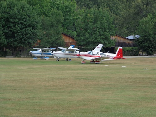 planes at gastons