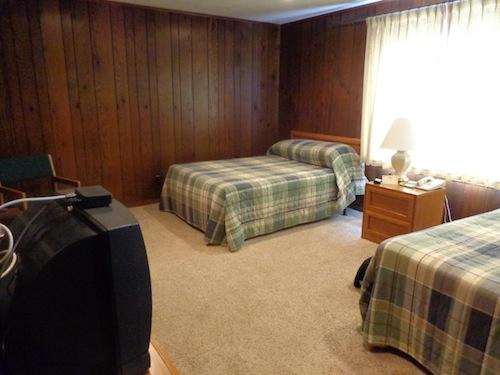 room at gastons