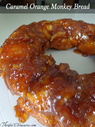 This Caramel Orange Monkey Bread is super simple to make and has the perfect hint of orange!