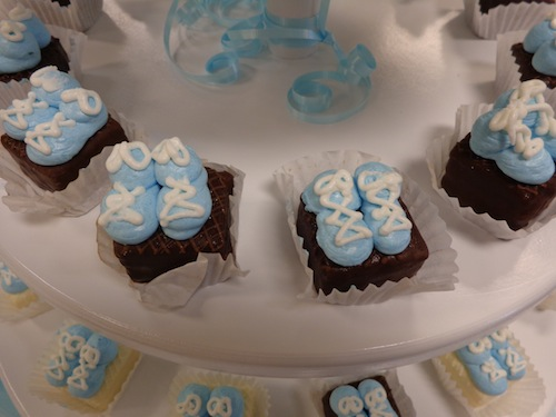 baby booty petit fours