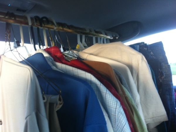 traveling with hanging clothes tip