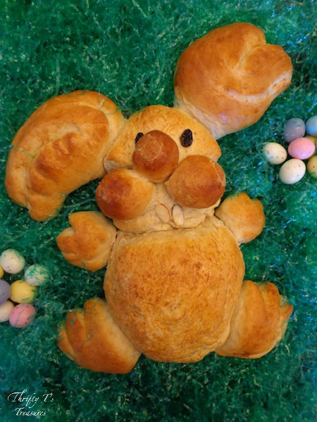 Creative Easter ideas are hard to find...until now. You're going to love this DIY Easter Bunny Bread. Creating this DIY project is fun for the whole family!