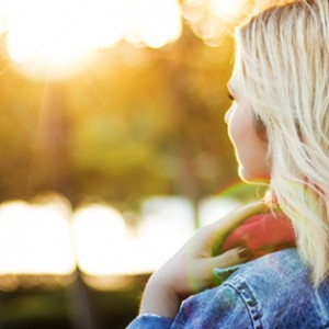 Living a healthy life can be simple and these 7 effortless ways to get healthier (without changing what you eat) are the tips and tricks not only for women and teens but beginners and even kids. They're great motivation you need as you work towards your health and wellness goals. Take a look for yourself!