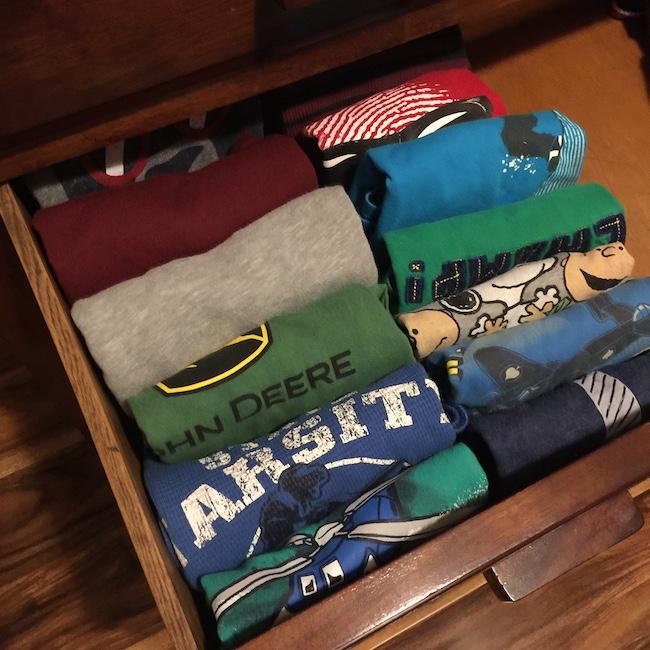 shirts folded kon Marie style