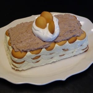 layered eggnog eclair dessert