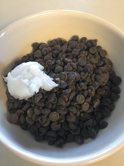 chocolate chips and coconut oil